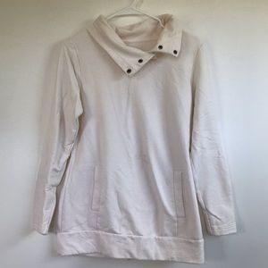LUCY Ivory sweater with Pockets